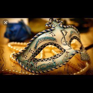 🎭 Costume/Masquerade Accessories